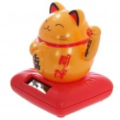 Lucky Cat Solar Pal